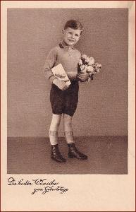 Děti * chlapec, květiny, kytice, dárek, narozeniny, gratulační * X068