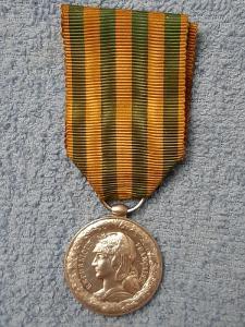 Francie - Pamětní medaile na kampaň Tonkin 1885, stříbrná, TOP,námořní