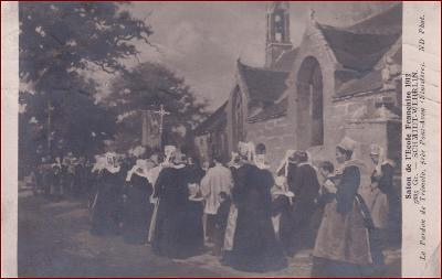 Náboženský motiv * procesí, kříž, kostel, kroje, lidé, umělecká * X150