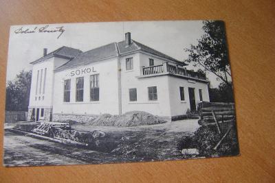 Dolní Loučky-Sokolovna-okres Brno venkov-1920