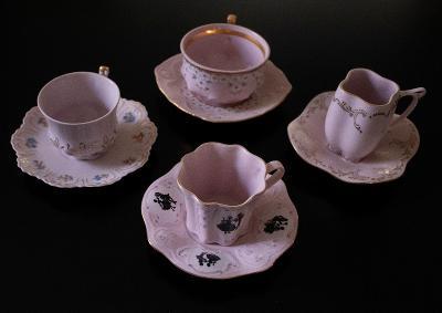 Růžový porcelán starožitný sada hrníčků