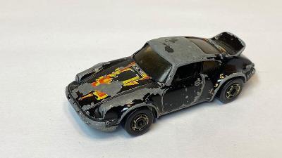 Hot Wheels P - 911 edice z roku 1982 1:64 Hotwheels