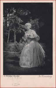 Žena * účes, šaty, květiny, krajina, umělecká * X210