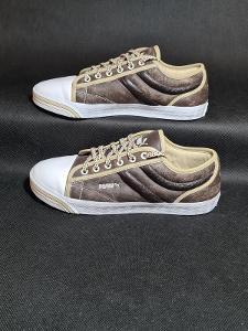 Dámská obuv - PUMA - vel. 40