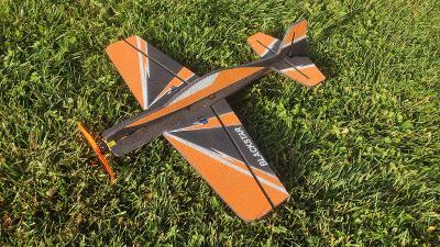 Rc letadlo Blackstar