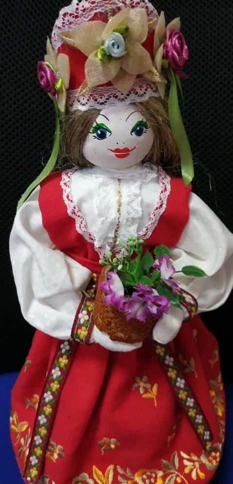 Panenka v ruském lidovém kroji - ruční práce - Starožitnosti