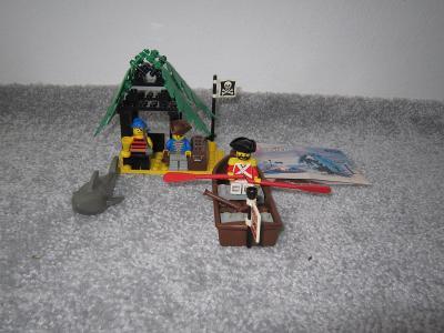 Lego 6258 Piráti, Pirátský úkryt 90 let