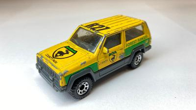 Matchbox Jeep Cherokee made in Macau rok 1988