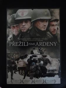 """DVD Mel Gibson """"Údolí stínů"""" a  """"Přežili jsme Ardeny"""""""