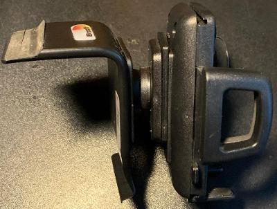 Držák mobilního telefonu do auta Octavia III