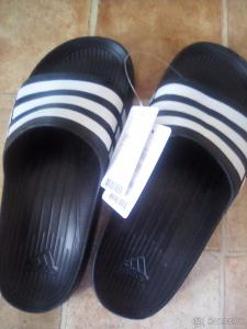 Nové pantofle Adidas unisex