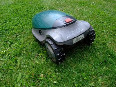 Robotická sekačka Robomow RC 306
