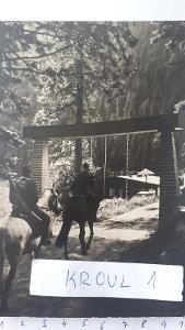 Pohraniční stráž na koni