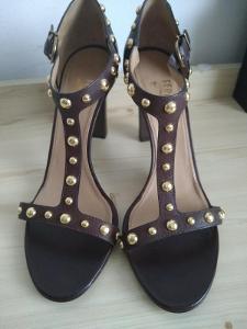 Salvatore Ferragamo sandály v.41