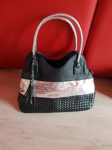 kabelka do ruky i na rameno černá a stříbrná