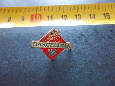Starší připínací odznak smalt reklama Španělsko Barcelona cyklistika