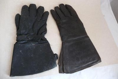 moto rukavice kůže