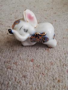Slon porcelánový..... 3cm