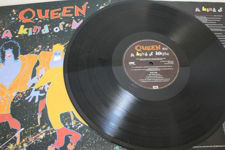 Queen – A Kind Of Magic LP 1986 vinyl DMM 1.press super stav NM- - Hudba