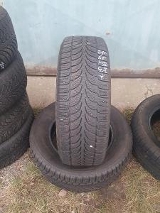 2ks ZIMNÍ PNEU 215/65 r16 Bridgestone