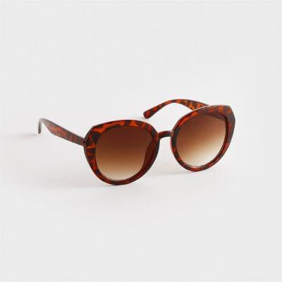Sluneční brýle Angled