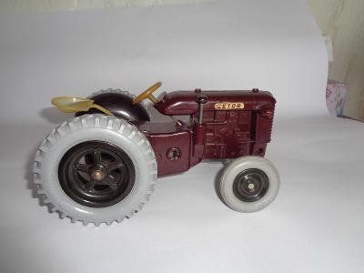 Chronotechna, Technoplast, traktor Zetor 25, bakelit, na klíček, 1960