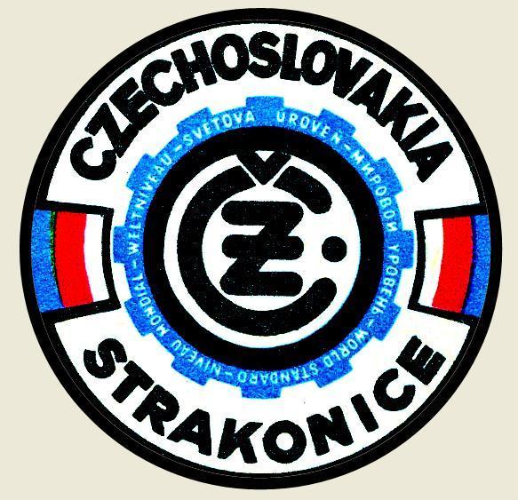 ČZ Strakonice,světová úroveň,Czechoslovakia, bílá samolepka pr.7-(1x). - Motoristické předměty