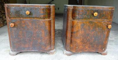 Prvorepublikové noční stolky – pár, ve stylu Art-deco, k renovaci