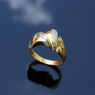 Zlatý prstýnek s kamínky 18K