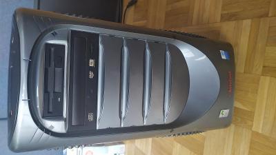 PC Pentium 2,8GHz