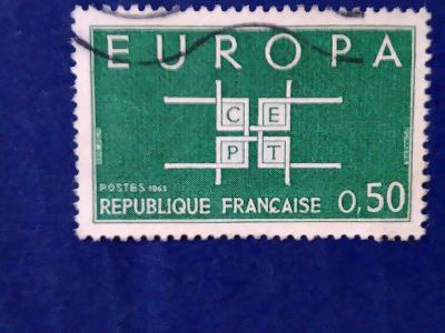 Francie, C.E.P.T., čtverce
