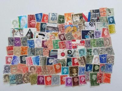 Každá jiná - poštovní známky Nizozemsko 110ks