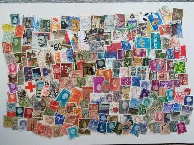 Každá jiná - poštovní známky Nizozemsko 198ks