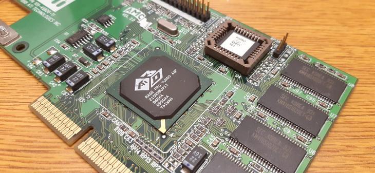 RETRO HW - Grafická karta ATI 3D RAGE PRO TURBO AGP, 8MB - Historické počítače