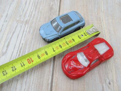 autíčko  autíčka jako Hot Wheels