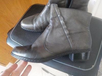 Rieker oteplene kotnikove boty vel 38