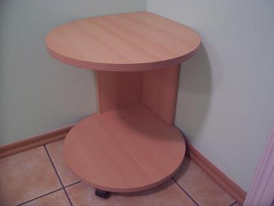 rohový stůl