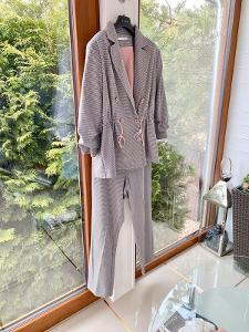 Elegantní kostýmek sako -kalhoty PHARDI