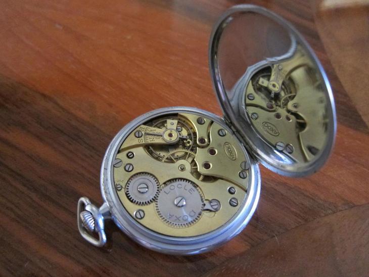 Švýcarské starožitné kapesní hodinky DOXA  - funkční  - Starožitnosti