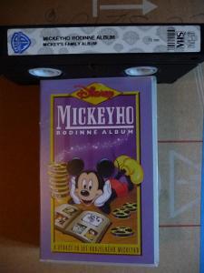 videokazeta originál Mickeyho rodinné album Walt Disney, 71min.