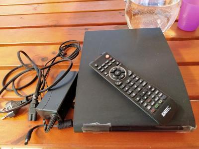 PRO SBĚRATELE: Multimediální Zařízení Emtec Movie Cube V800H