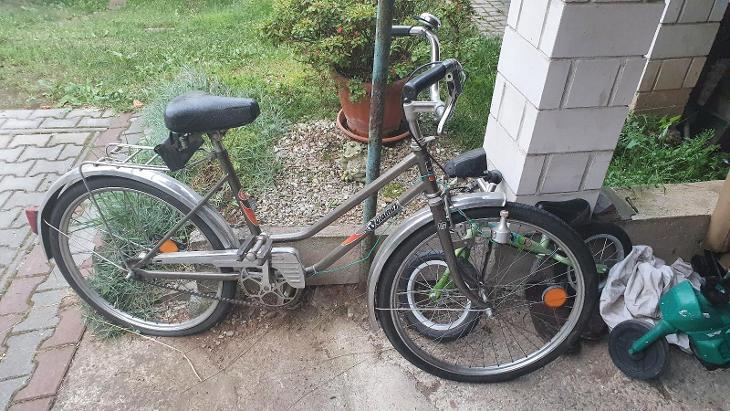 Dámské kolo - Cyklistika