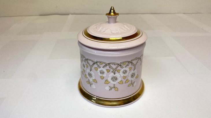 Československá cukřenka růžový porcelán květinový motiv - Porcelán