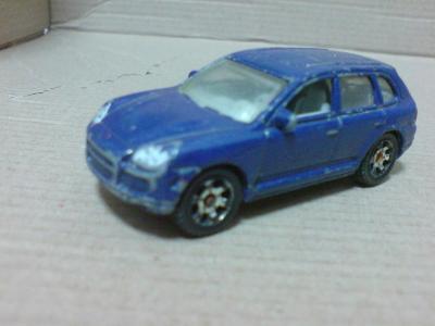 MB675-Porsche Cayenne Turbo