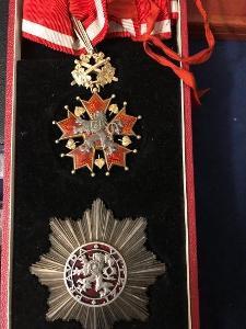 Rad bileho lva 2 tr s meci 1969-1989 rarita náklad 8 kus Unikat