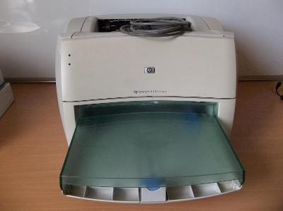 Laser tiskárnu HP LJ 1000