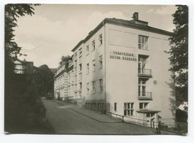 LÁZNĚ JESENÍK - sanatorium P. Bezruče