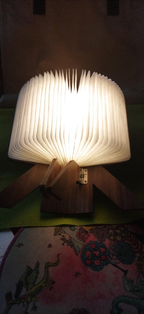 Krásná lampička, dobíjecí, skládací. - Zařízení