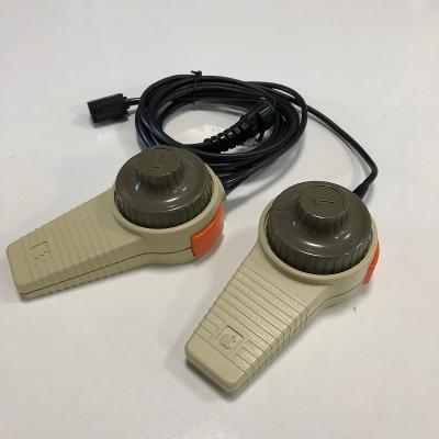 Apple Hand Controllers II herní ovladače z roku 1983 - RARITA