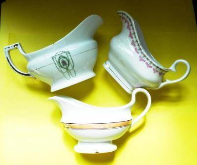 Starý porcelán - secesní omáčník - konvolut - 3kusy